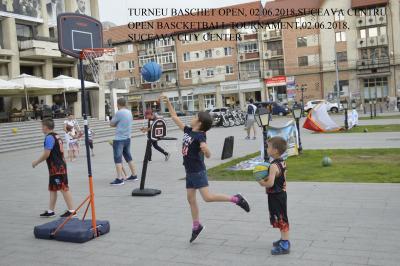 RO basketball citycenter (2)